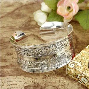 Jewelry - Bohemian Style Cuff Bracelet in Silver